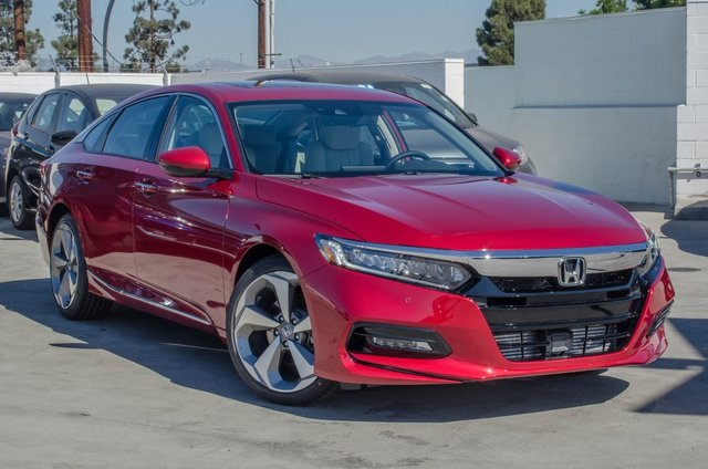 Awesome New 2018 Honda Accord Touring