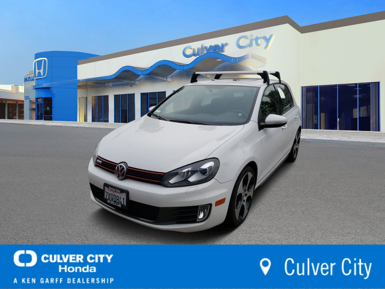 Pre-Owned 2011 Volkswagen GTI Base