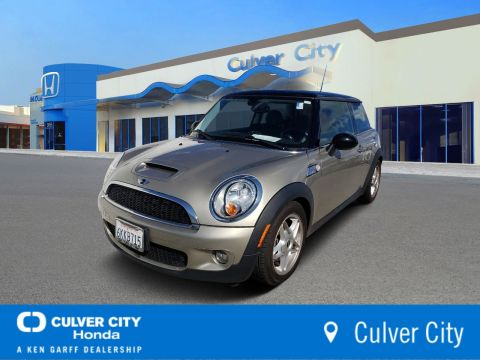 Pre-Owned 2010 MINI Cooper Hardtop S